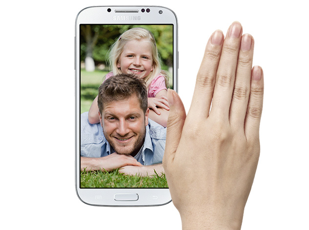 Air View Gestures on the Galaxy S4