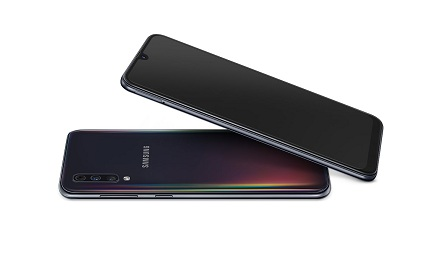 Samsung Galaxy A70 Display and Design