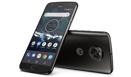 Motorola Moto X4 Design and Display