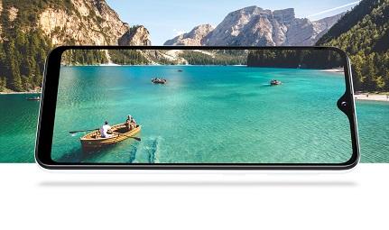 samsung Galaxy A20e Display and Design