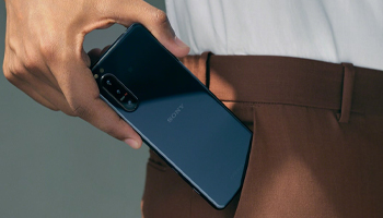 Xperia 5 II 5G Design and Display